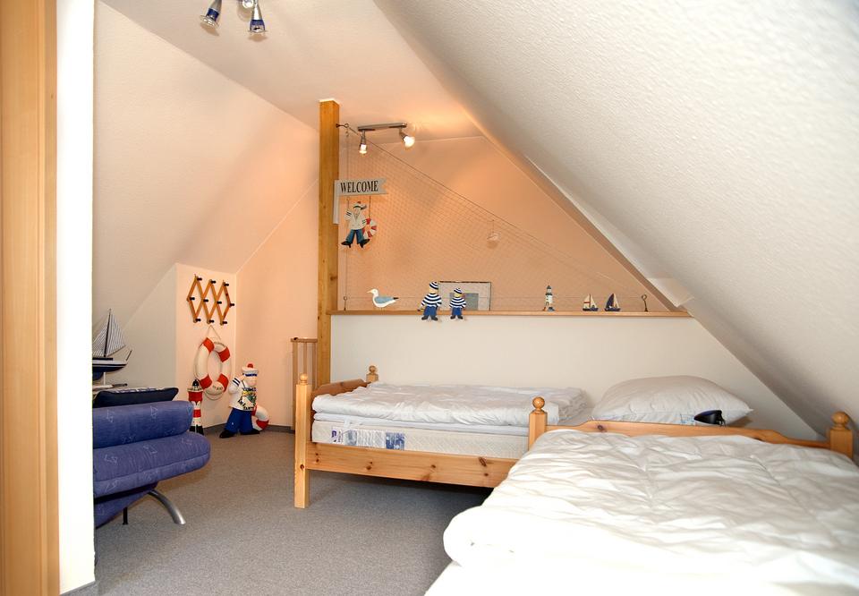 Haus tante clara ferienwohnungen in dangast for Kinderzimmer clara